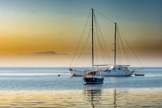 海辺のボート